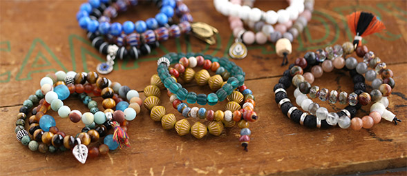 In Just A Few Easy Steps Make Stretchy Bracelet With Round Beads And Charm For Touch Of Your Personal Style Stack The Bracelets Textured