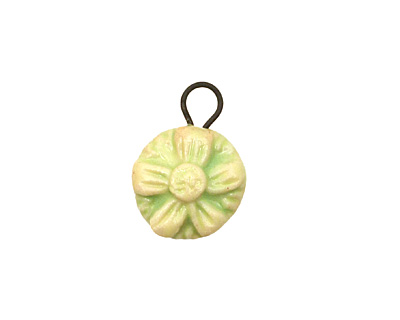 Gaea Ceramic Spring Green Daisy Charm 15x20mm
